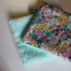 Kit couture – Fleuri graphique, céladon – 5 lingettes démaquillantes