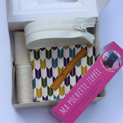 intérieur boite kit couture