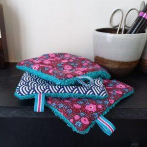 Kit couture – Roses et framboises, vert roseau – 5 lingettes démaquillantes