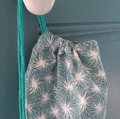 sac en tissu pour le pain couture DIY